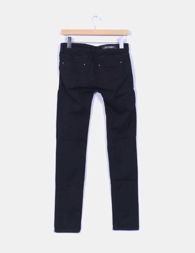 Pantalon vaquero negro ripped