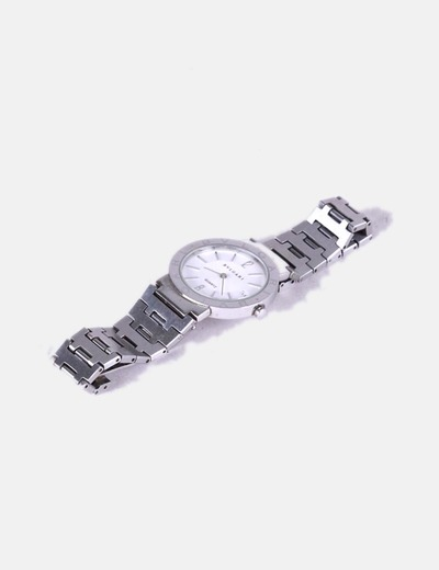 Reloj plateado bvlgari