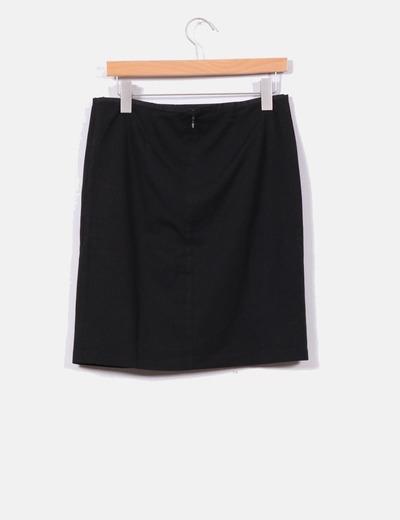Falda midi cruzada en negro