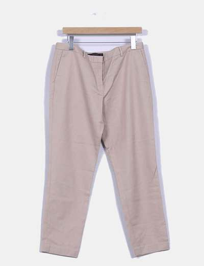 Pantalón beige con pata recta Zara