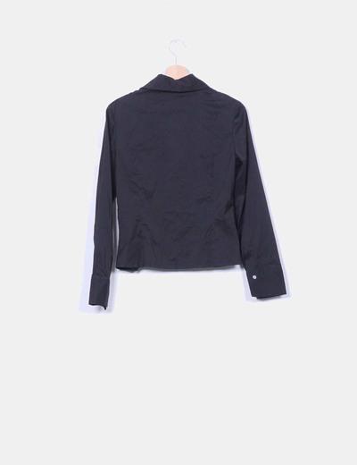 Camisa negra troquelada manga larga