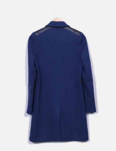 Abrigo largo azul marino combinado