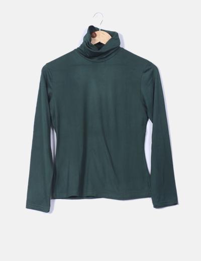 Camiseta verde botella con cuello NoName