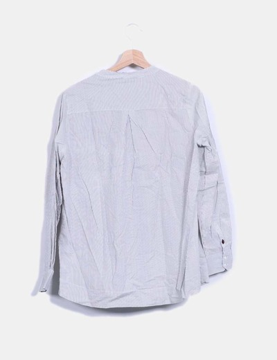 Camisa a rayas bordada