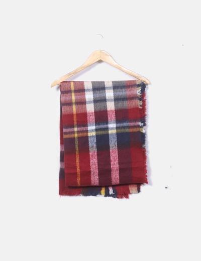 Bufanda de cuadros rojos
