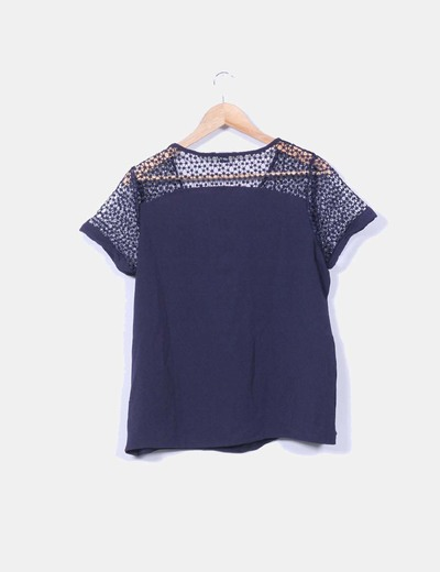 Camisa azul marino combinada