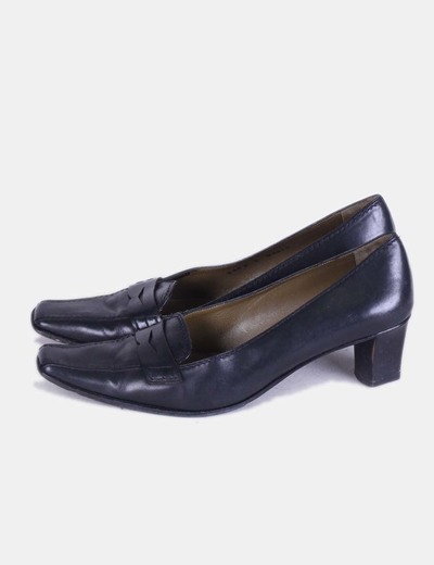 Zapatos kitten heels negros Lottusse