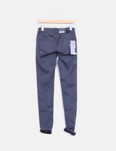 Pantalon gris pitillo