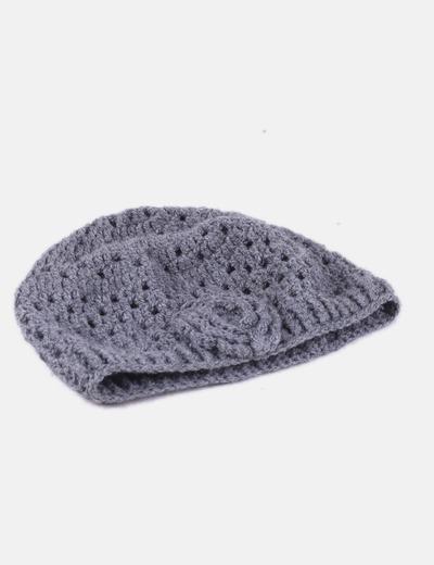 f698efe80f6ed NoName Gorro de lana gris detalle flor (descuento 84%) - Micolet