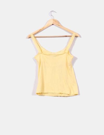Top amarillo de tirante de encaje