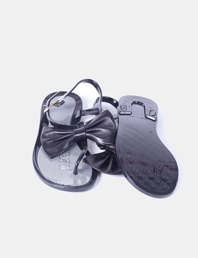 Sandalia negra de goma