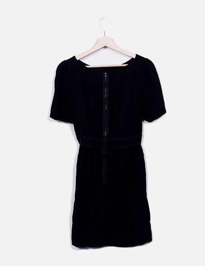 Vestido midi negro manga corta