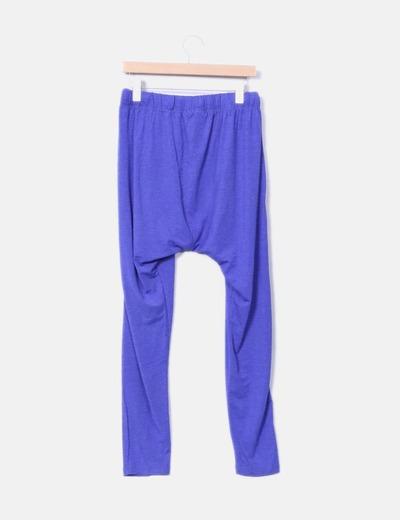 Pantalon morado baggy