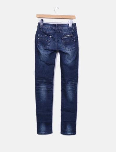 Jeans denim pitillo azul oscuro