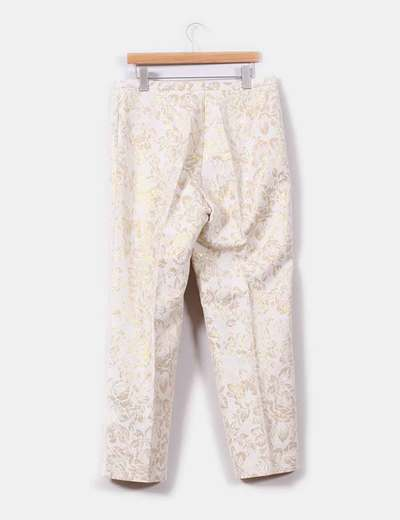 Conjunto de blazer con pantalon floral en tonos dorado