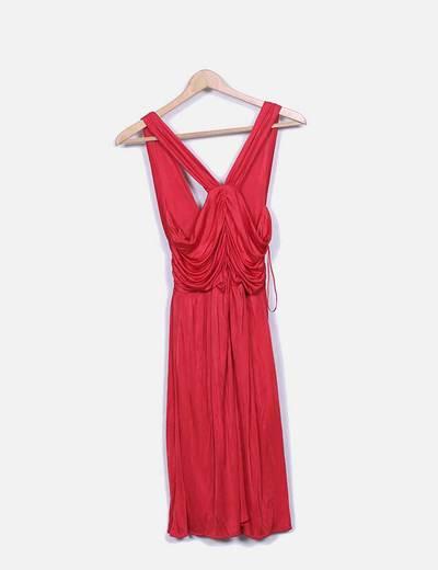 Vestido rojo satinado de tirantes
