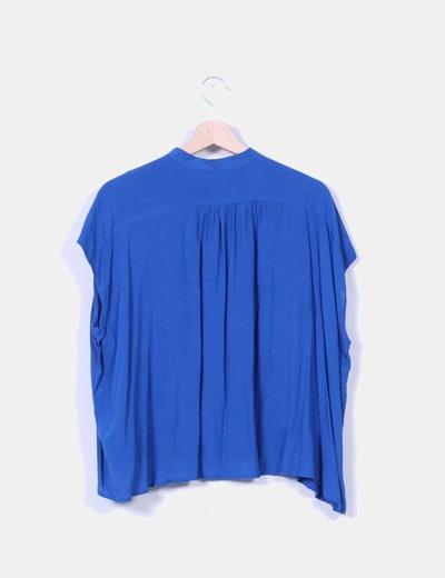 Blusa oversize azul klein