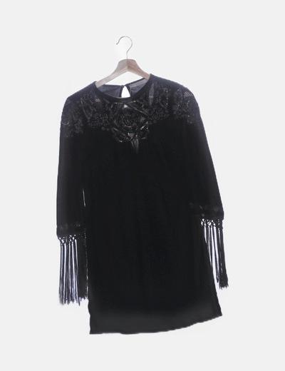 Vestido terciopelo negro con flecos