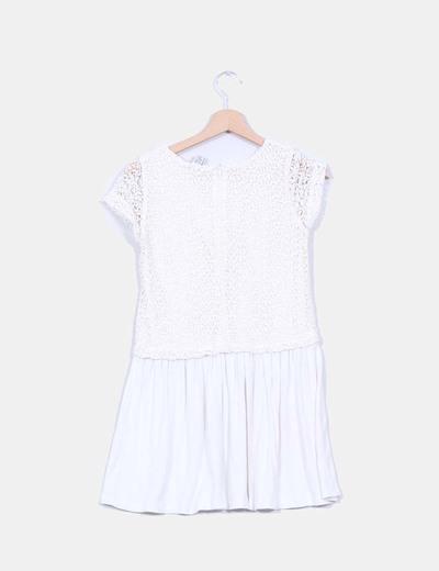 Vestido color crudo combinado crochet