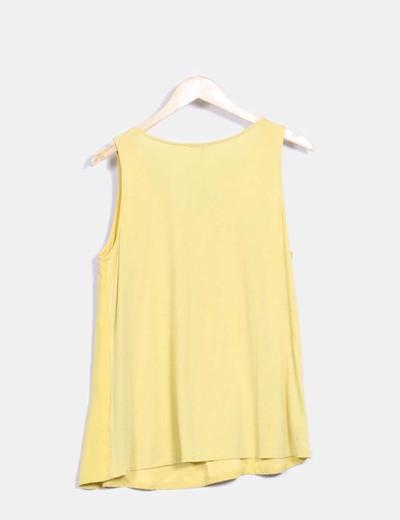 Blusa amarilla mangas sisa