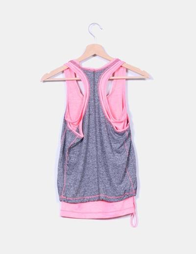 Doble top deportivo gris y rosa fluor