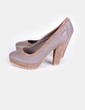 Zapato marrón con tacón  Coolway