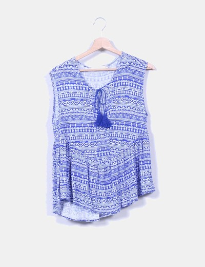 Blusa estampada azul klein con borlas Cortefiel