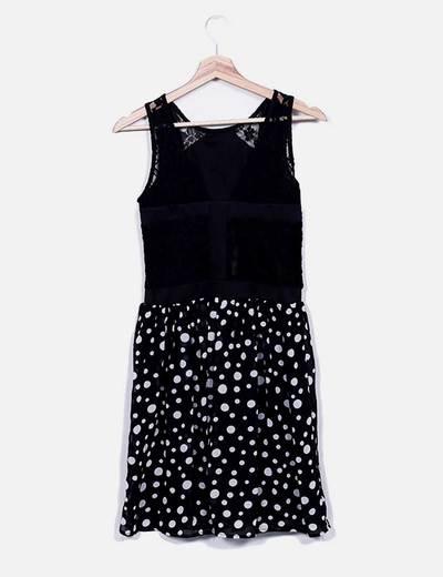 Vestido negro topos blancos