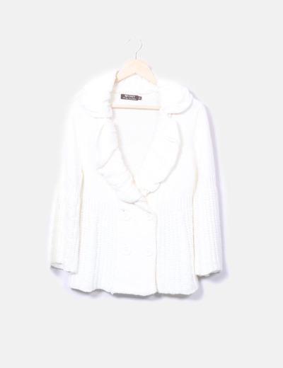 Chaqueta tricot beige abotonada