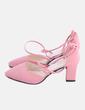 Zapato de tacón rosa con hebilla w.x