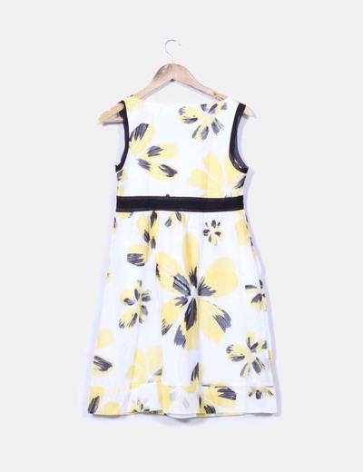 Vestido blanco y amarillo estampado