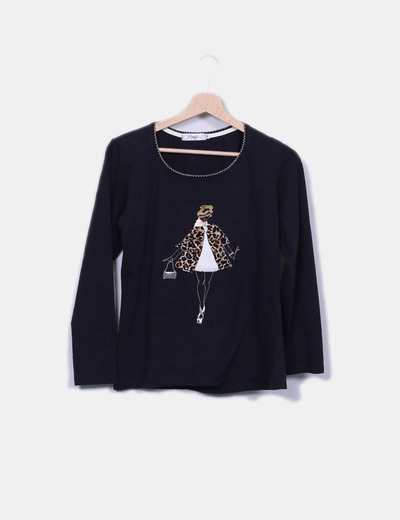 Camiseta negra print girl texturizado