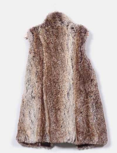 Zara Chaleco pelo marrón (descuento 54%) - Micolet b7496c1bd1d1