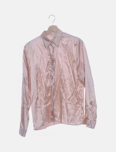 Camisa rosa salmón satinada