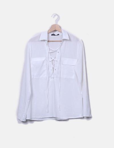 T-shirt blanc avec la poitrine de cordes Zanzea