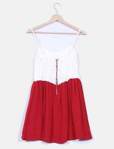 Vestido rojo y crudo de tirantes