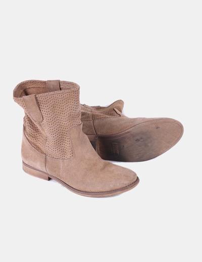 suave y ligero zapatos clasicos gran venta Botín plano de ante marrón