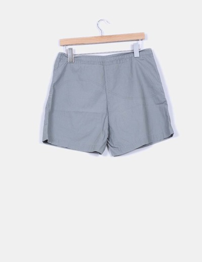 Short gris detalle bolsillos