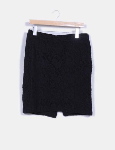 Falda negra de encaje Suiteblanco