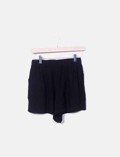 Red Queen Liquido nero shorts (sconto 58%) - Micolet f5322448cb5