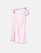 Vestido asimétrico puntilla rosa palo con lazo Zara