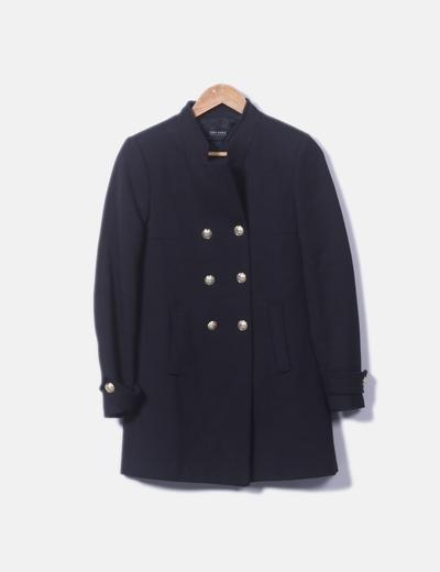 Abrigo negro botones dorados