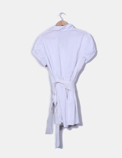 Vestido blanco camisero