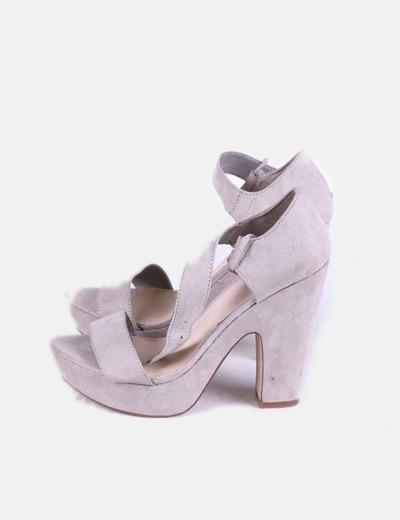Chaussures beiges à talons Lefties