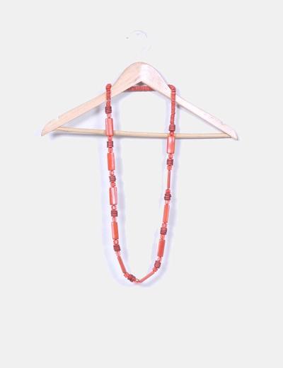 Maxi collar naranja combinado con madera NoName
