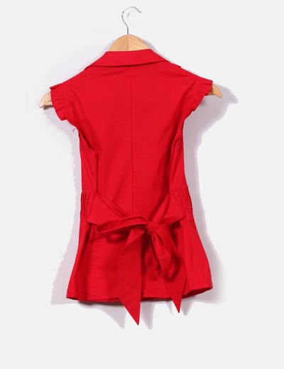 Camisa roja cuello pico