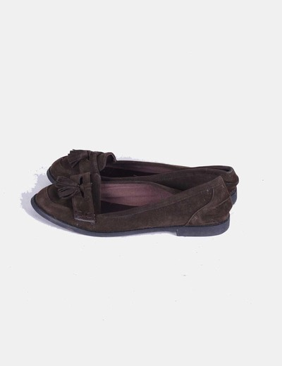 Mocasin marron con borlas