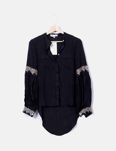 Camisa negra tail hem detalle bordado Hippy Heart