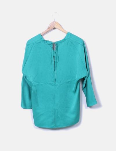Blusa verde escote pico