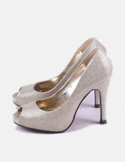 Peep toe gold